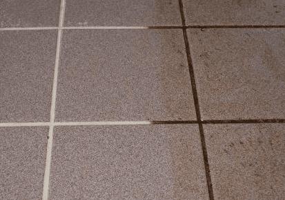 Fliesenfugen Reinigen So Geht Es Schnell Und Leicht - über fliesen putzen