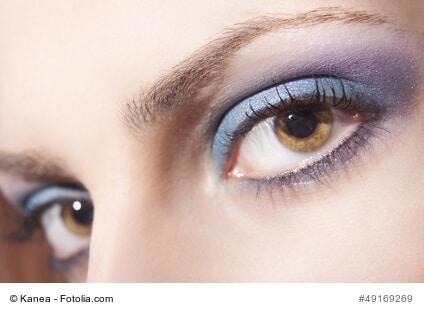Für einen traumhaft schönen Augenaufschlag: Wimpernverlängerungen im Vergleich