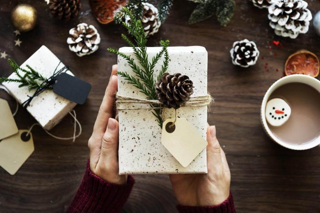 Die perfekten Weihnachtsgeschenke für Mitarbeiter - RatgeberMagazine.de