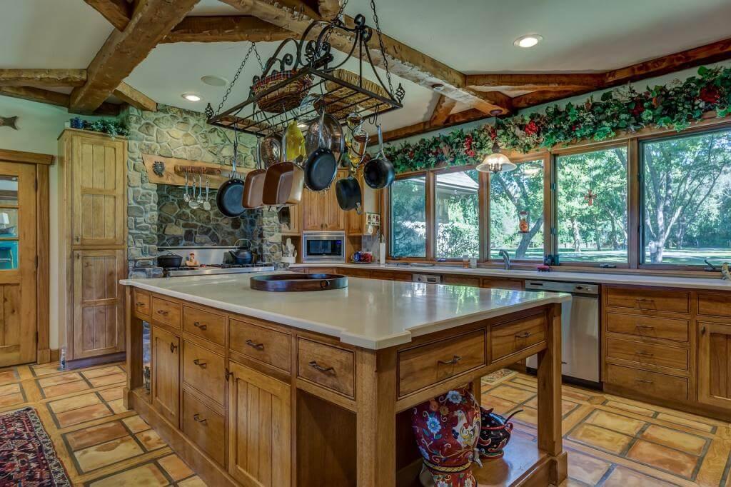 Küche selbst restaurieren: So machen Sie aus Ihrer alten Kücheneinrichtung ein neuer Blickfang