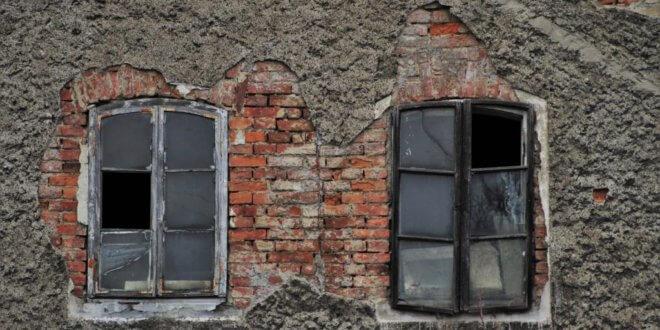 Fassadensanierung: Mit diesen Mängeln müssen Altbau-Interessierte rechnen