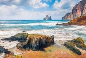 Eine Kreuzfahrt im Mittelmeer: Genießen Sie die wunderschönen Küsten und Kulturschätze