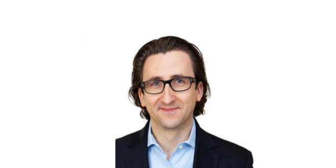 Dr. med. Stefan Schmiedl in München – Medical One Schönheitsklinik | Premium-Arzt-Profil