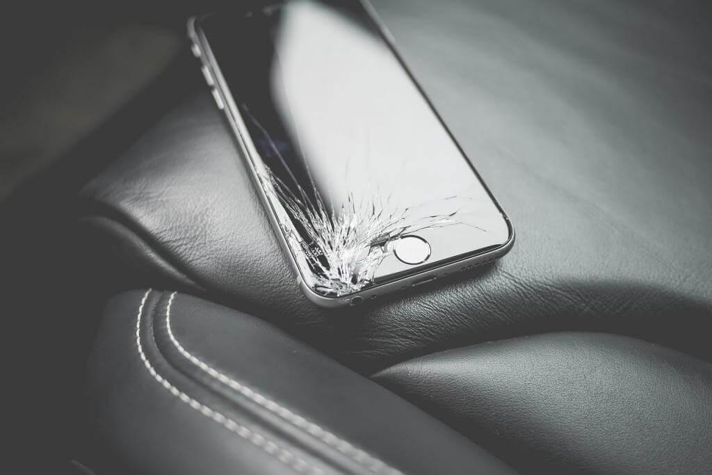 Spray, Folie, Panzerglas: Welcher Displayschutz fürs Handy ist der zuverlässigste?
