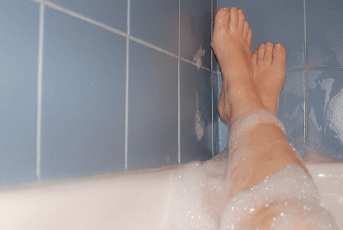 Wassereinlagerung – Das hilft gegen Wasser in den Beinen
