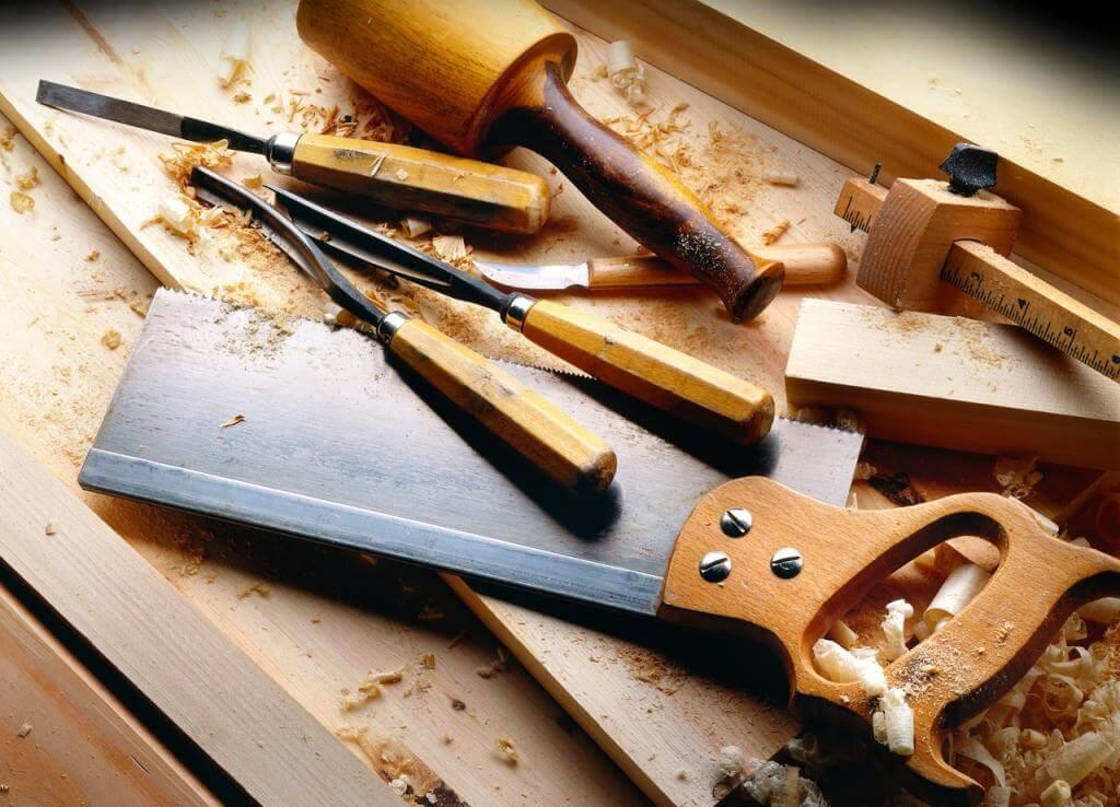 Werkzeug kaufen: In der Filiale oder online?