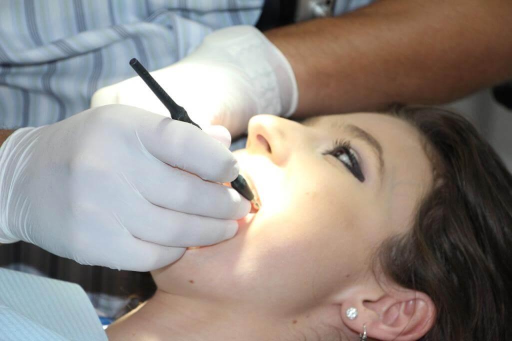 Die 3 häufigsten Gründe für Zahnschmerzen